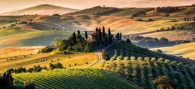 tuscany-panoramic-landscape-italy-stock-photo-image-id-161078915-1422440299-z4T4